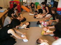 Baby playgroup at Lunaluna